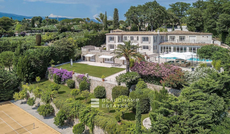Villa avec piscine et terrasse Plascassier