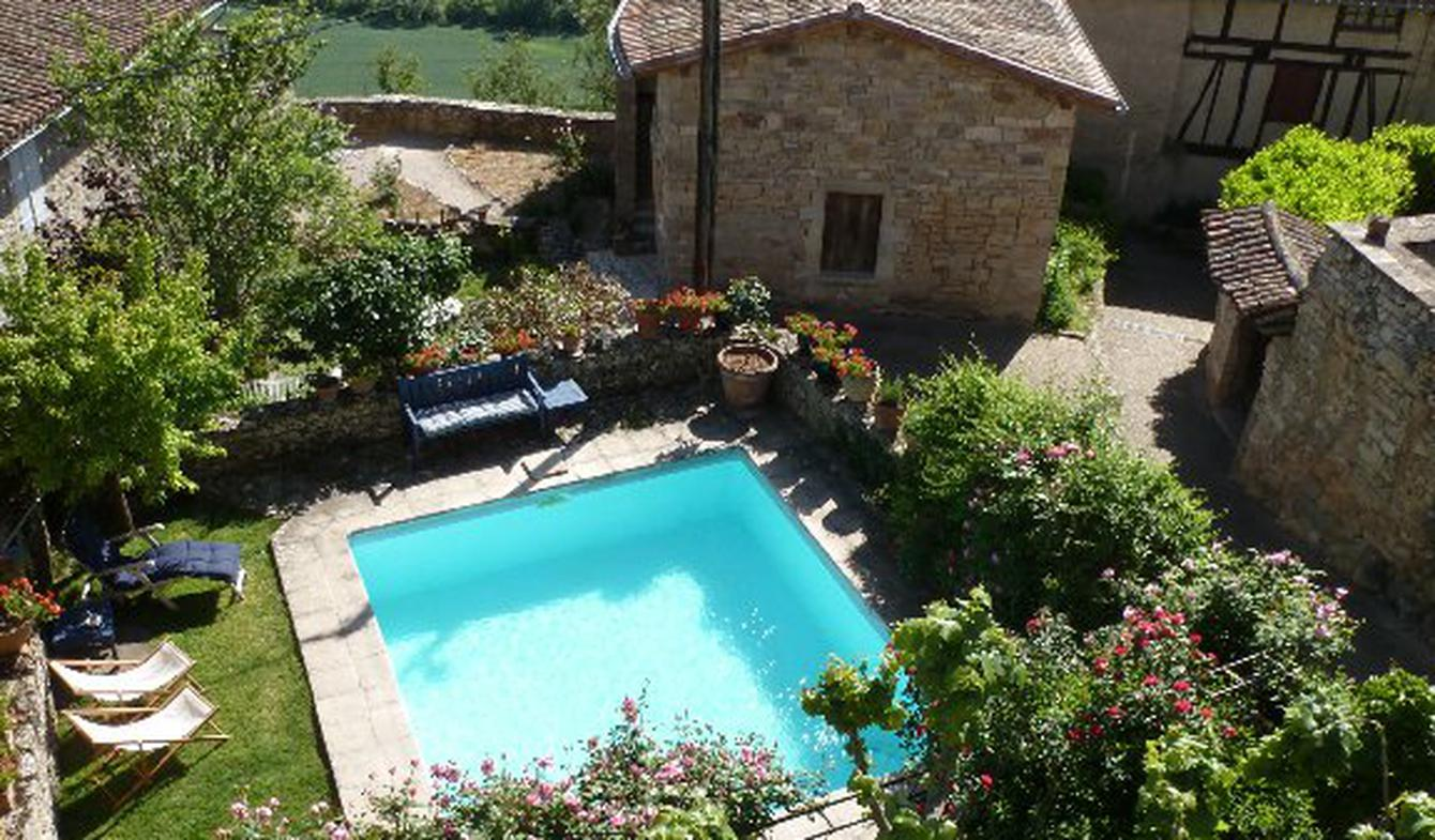House with pool and terrace Puycelci
