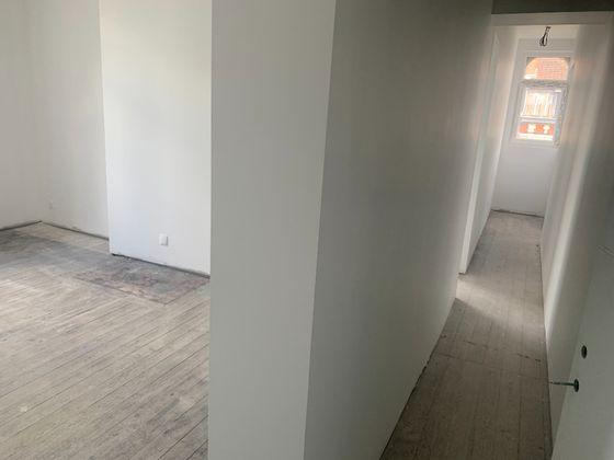 Location divers 12 pièces 240 m2