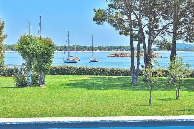 Propriété avec Piscine en Bord de mer, Corse-du-Sud