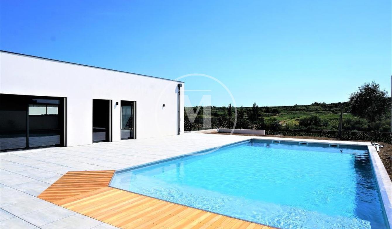 Villa with pool and terrace Saint-Pons-de-Mauchiens