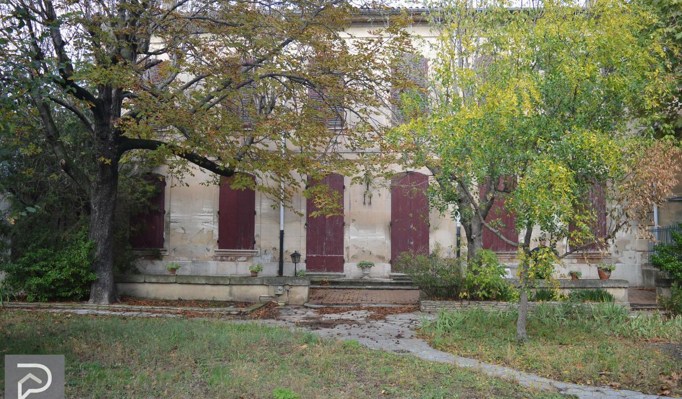 Maison Eyragues