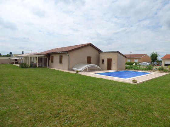 vente Maison 8 pièces 100 m2 Montrevel-en-Bresse
