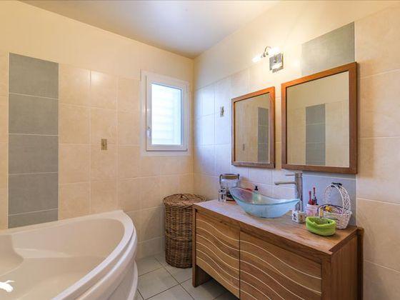 Vente maison 4 pièces 127 m2