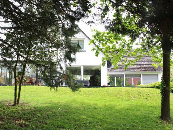 Vente villa 8 pièces 268 m2