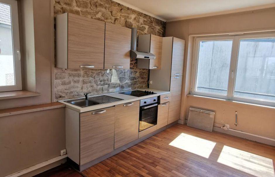 Vente locaux professionnels 10 pièces 288 m² à Landudec (29710), 219 000 €