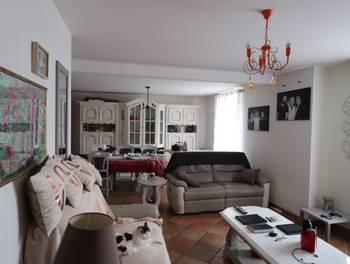 Maison 9 pièces 215 m2