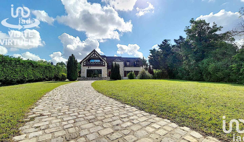 Maison avec piscine et terrasse Saint-Sauveur-sur-Ecole