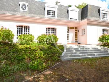 Maison 6 pièces 235 m2