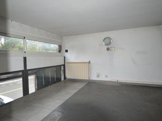 Vente divers 86 m2