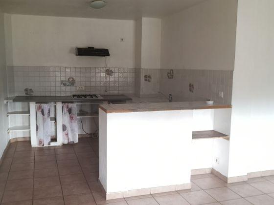 Location appartement 3 pièces 81,65 m2