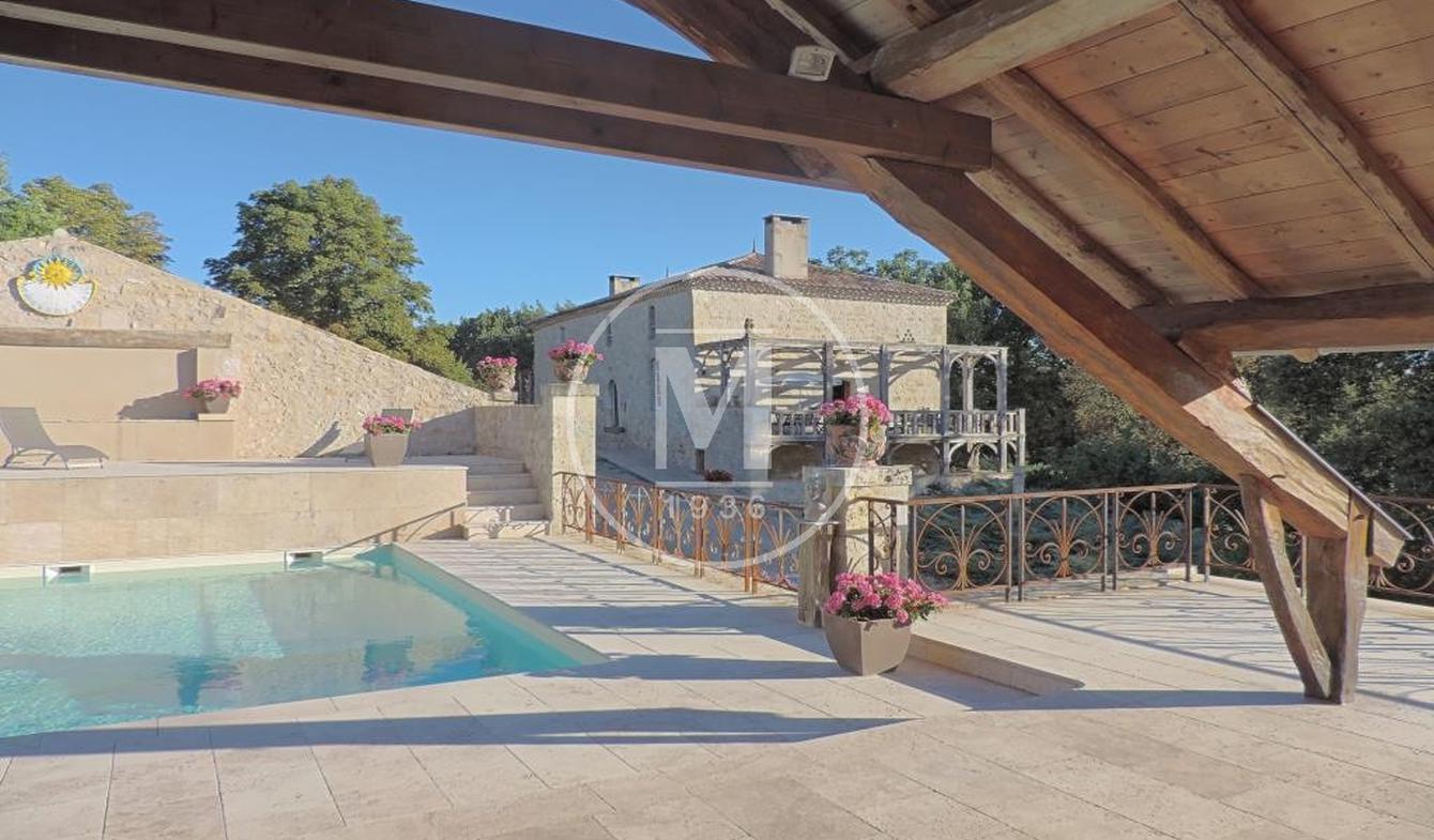 Maison avec piscine et terrasse Prayssas