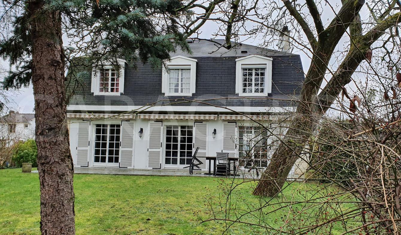 Villa L'hay-les-roses
