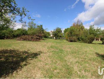 terrain à Varennes-Changy (45)