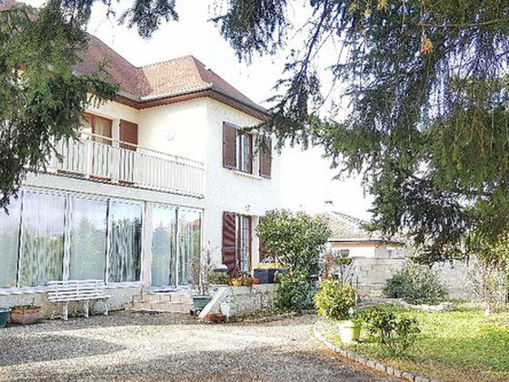 vente Viager 5 pièces 140 m2 Saint-Etienne