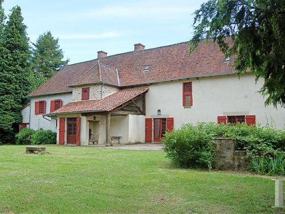 Vente propriété 11 pièces 368 m2