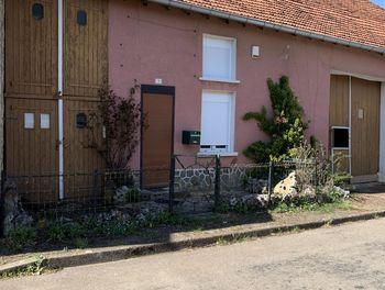 maison à Montigny le roi (52)