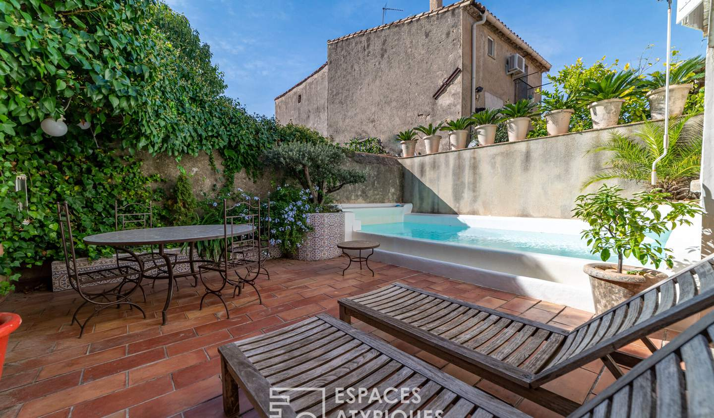 House with pool and terrace Poussan