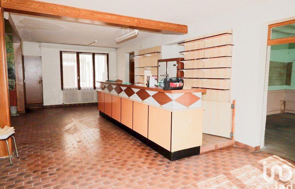 Vente maison 7 pièces 261 m² à Saint-Romain (86250), 52 500 €