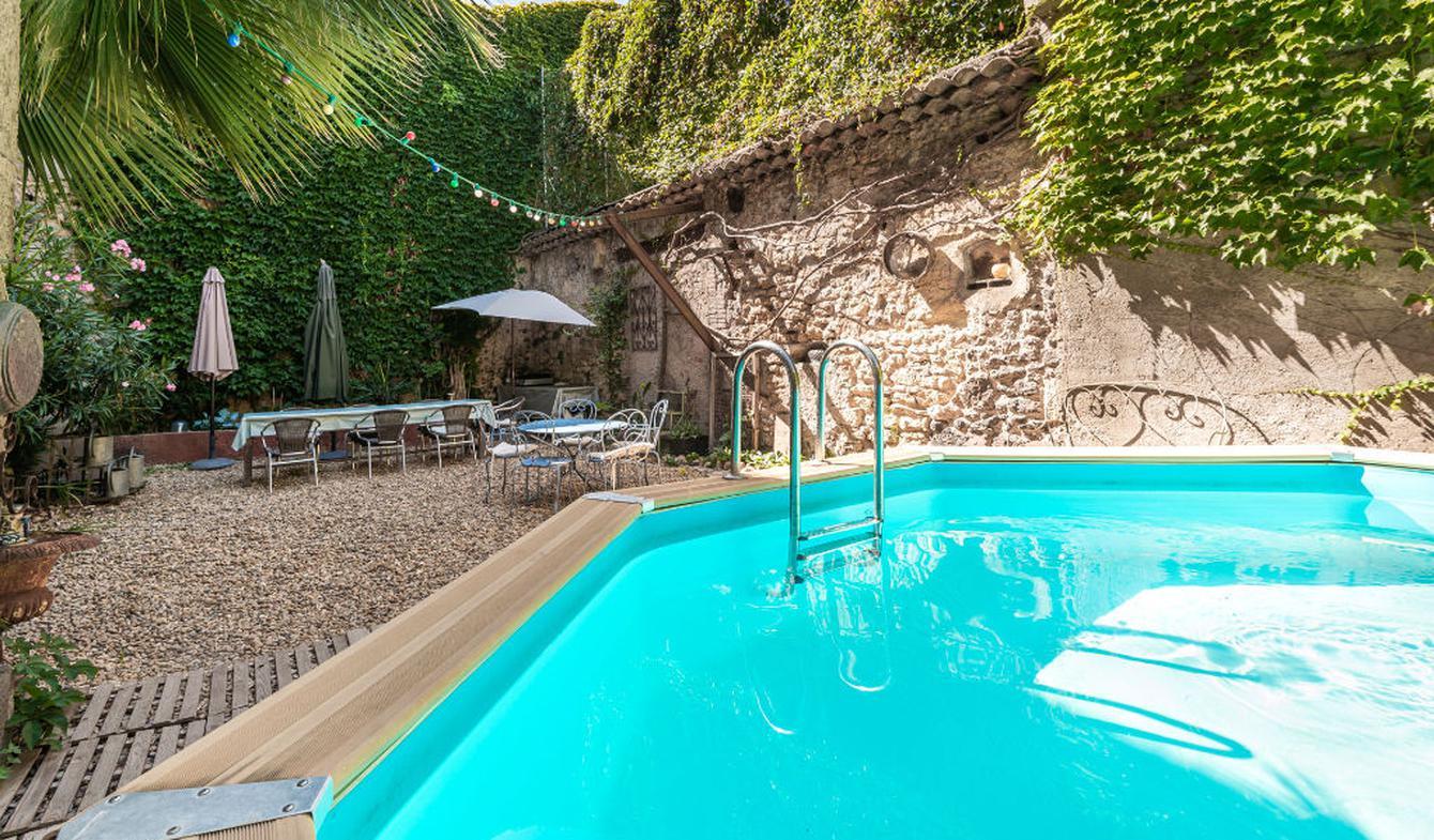 House with pool Pezenas