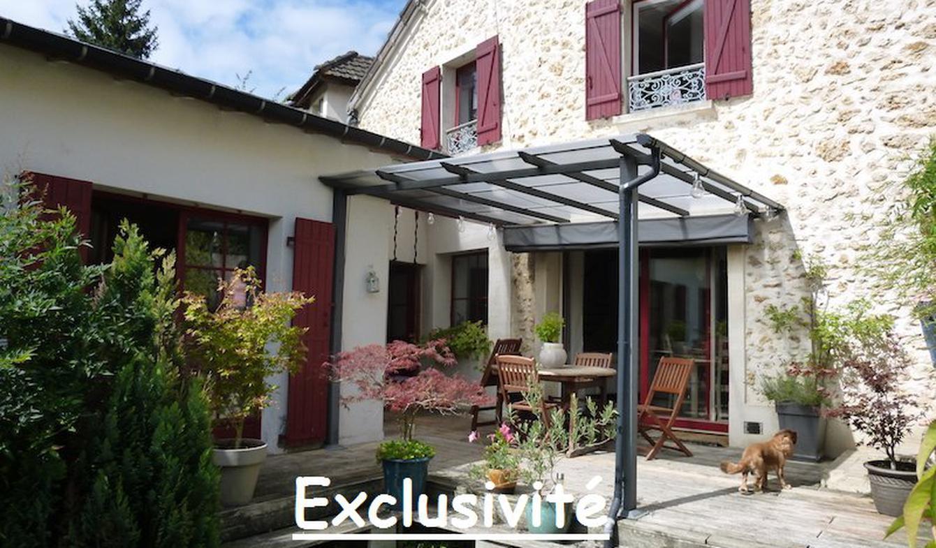Maison avec terrasse Chateaufort