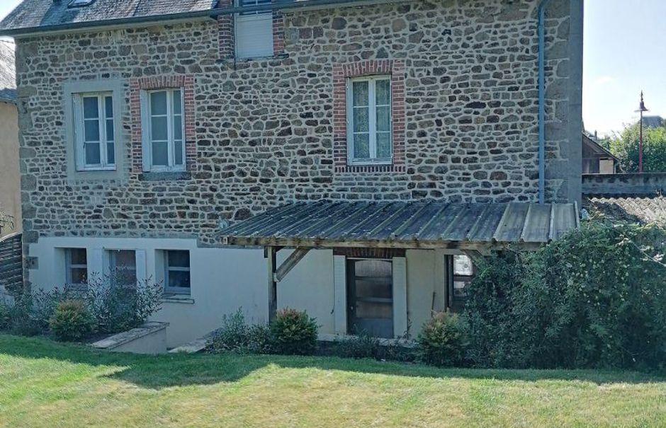 Vente maison 6 pièces 147 m² à Sept-Forges (61330), 126 500 €
