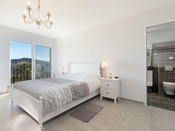 Vente maison 6 pièces 239,89 m2