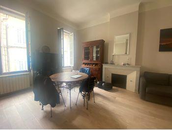 location appartement meubl 2 pices 5012 m2 aix en provence