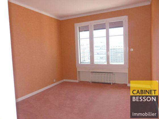 Location appartement 4 pièces 94 m2