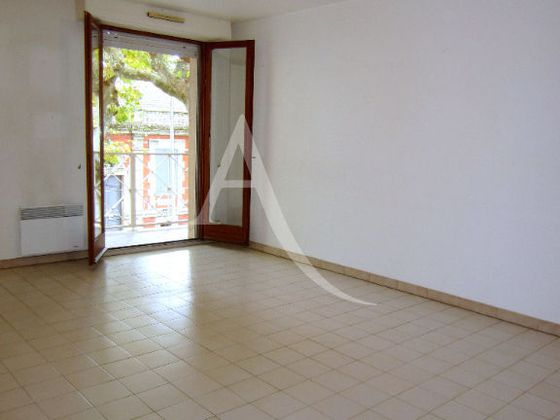 Location appartement 3 pièces 68 m2