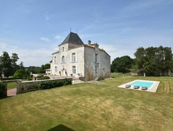 Château 11 pièces 500 m2
