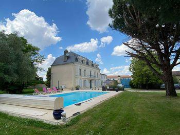 maison à Nantillé (17)