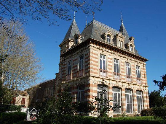 Vente château 13 pièces 440 m2