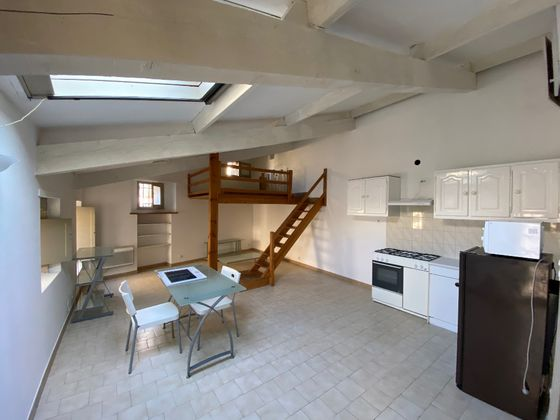 Location studio 37,71 m2