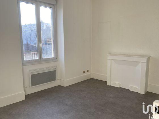 Location appartement 2 pièces 28 m2