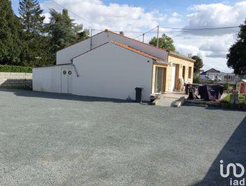 maison à Saint-Vincent-Sterlanges (85)
