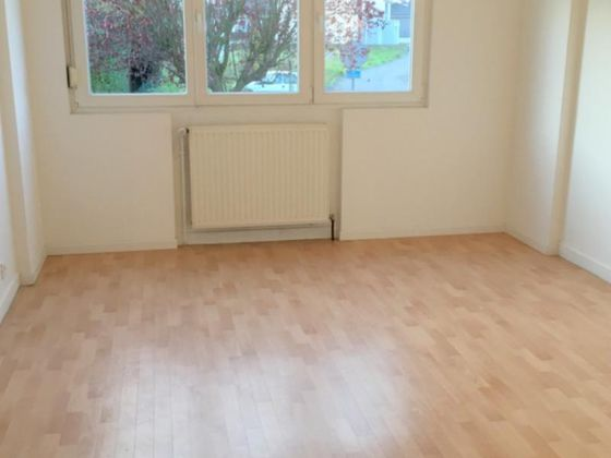 Location appartement 5 pièces 98 m2