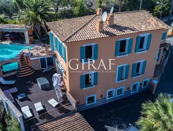 Villa 10 pièces 380 m2
