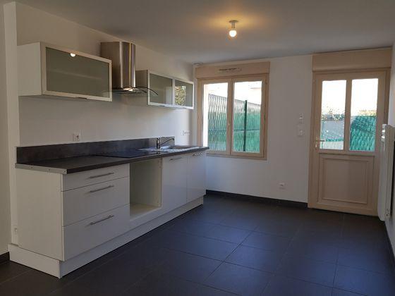 Location maison 3 pièces 66 m2