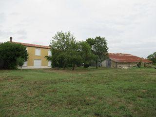 Maison Vouhe (17700)