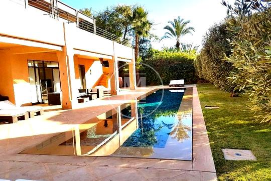 Villa De Luxe Avec Terrasse Marrakech A Vendre