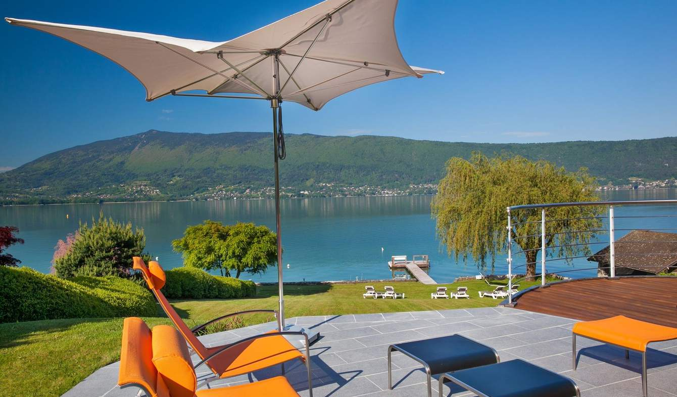 Villa with garden and terrace Annecy