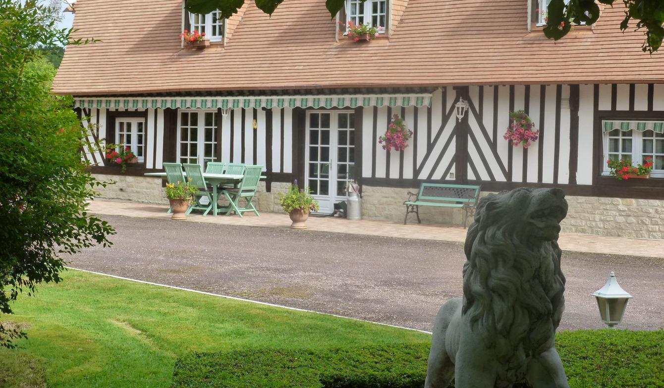 Maison avec piscine et jardin Fervaques