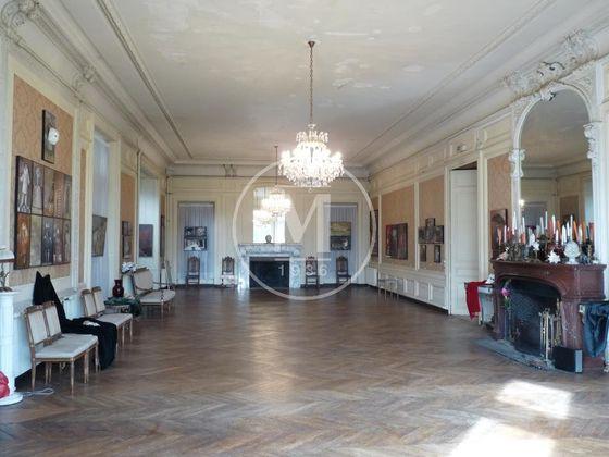 Vente château 20 pièces 3000 m2