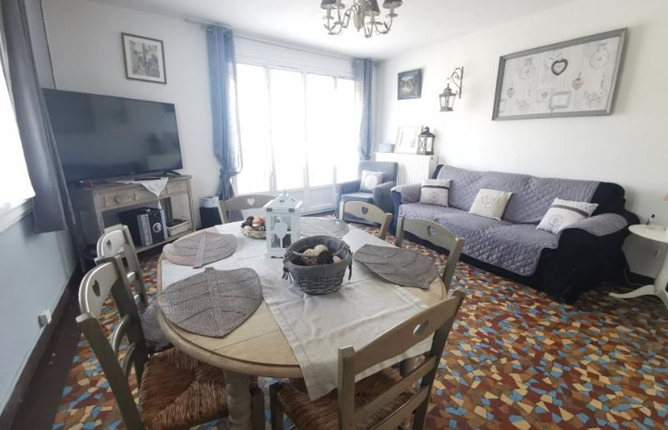 Vente locaux professionnels  175 m² à Chauny (02300), 140 400 €