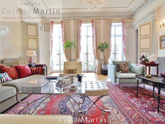 Vente appartement 10 pièces 326 m2