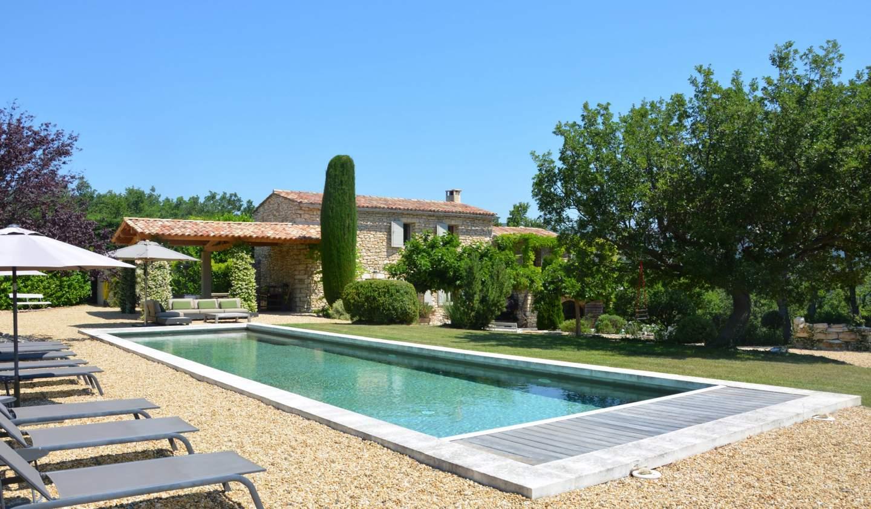 Maison avec piscine et jardin Murs
