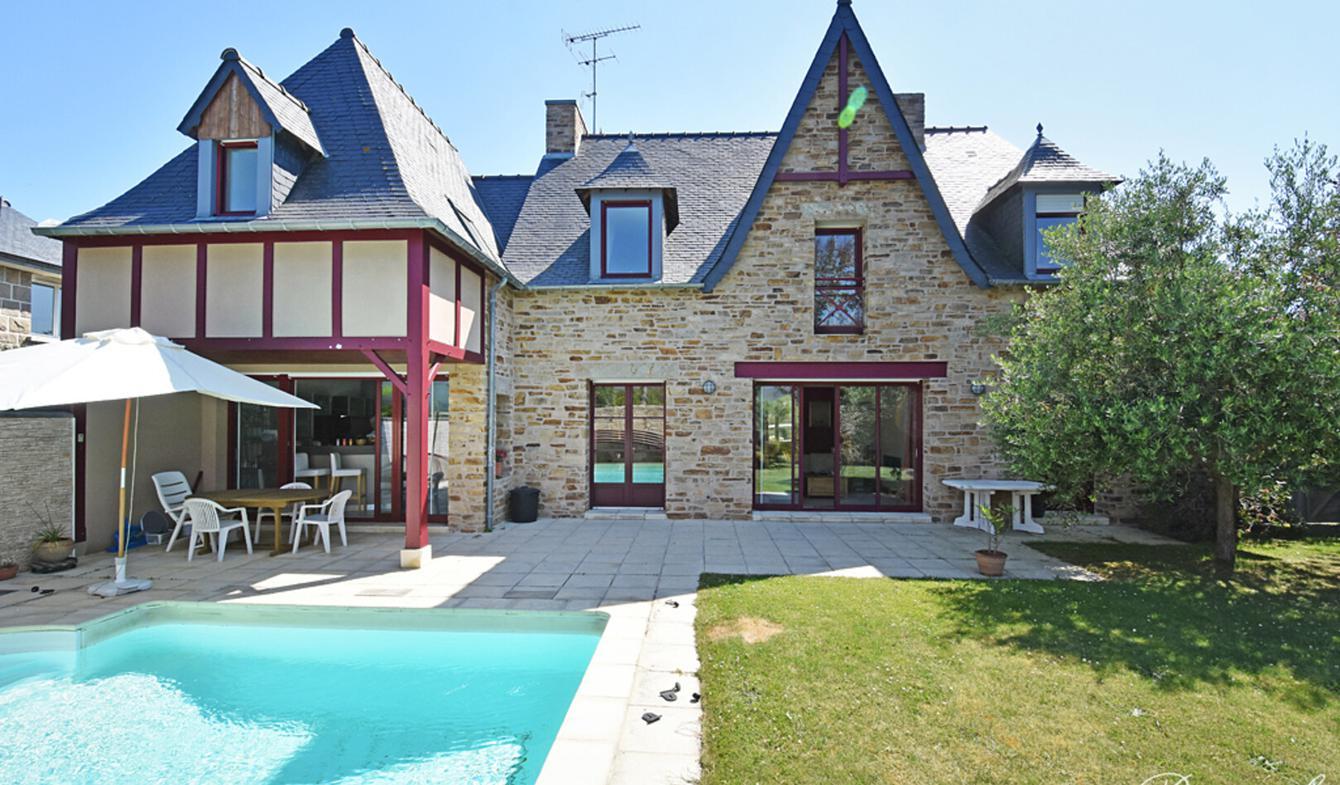 Maison avec piscine en bord de mer Saint-Malo