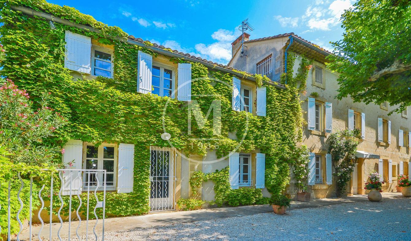 Maison avec piscine et terrasse Avignon