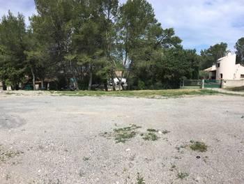 Terrain 750 m2